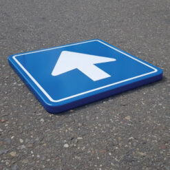 eenrichtingsverkeer-bord-c03